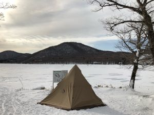 冬の赤城湖キャンプ場