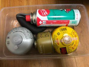シューズケースにガス缶を入れてみた