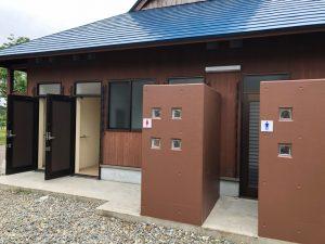 和島オートキャンプ場のトイレ