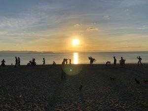 神川海岸の影絵②