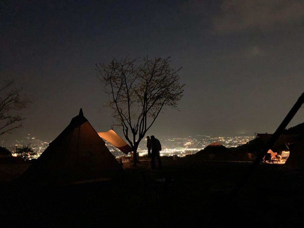 スリーストーンキャンプ場の夜景
