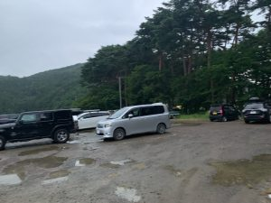 秋山浜の駐車場