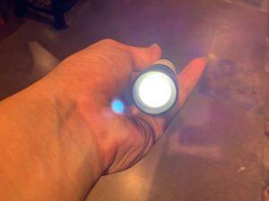 ミニマライトを懐中電灯として使う